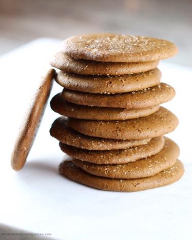 Chewy Molasses Cookies (vegan, gluten free)